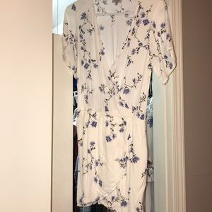 Dress. White with floral design